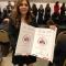 Recibe Ana del Carmen Osuna a nombre de DIF Ahome distintivo nacional Gilberto Rincón Gallardo por inclusión social.