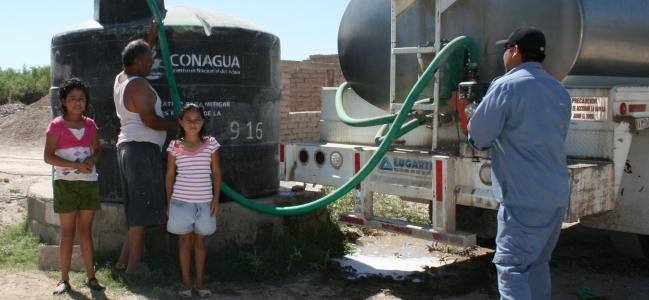 Solicita alcalde pipas a CEAPAS para suministro de agua.