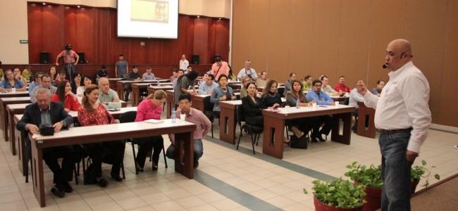 Ofrecen a diputados y asesores legislativos taller de Sensibilización de Perspectiva de Género