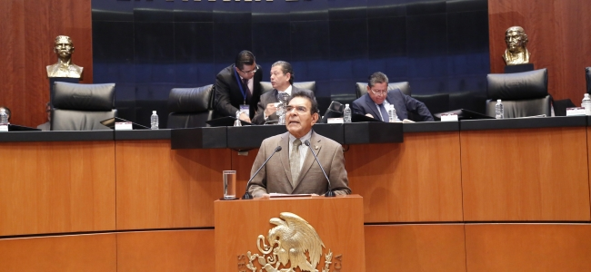 Educación terapéutica puede aumentar efectividad de tratamientos en pacientes con enfermedades crónicas: Senador Francisco López Brito