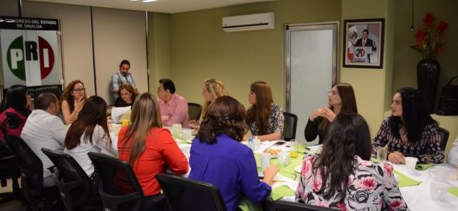 Política social con acciones conjuntas de gobierno y diputados