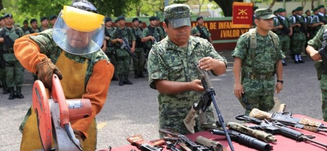 Destruye la Sedena más de 2 mil armas de fuego decomisadas