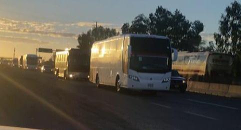 El Alcalde Billy Chapman supervisa la Caravana de Migrantes por caminos Sinaloenses.